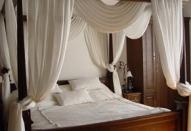 Вариант декорирования спальни